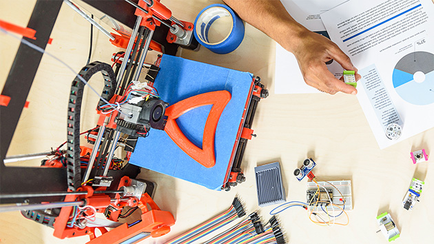 What Is 3D Printing and What Are Its Applications?